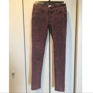 Low rise maroon skinny jeans